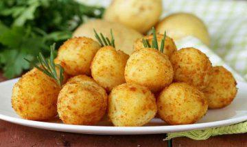 croquettes de pommes de terre au fromage rapee