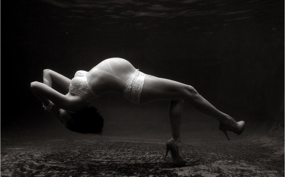 Underwater maternity  Kevin Beasley 1