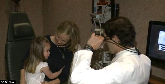 Elle publie une photo de sa fille sur Facebook, on lui diagnostique une maladie rare...