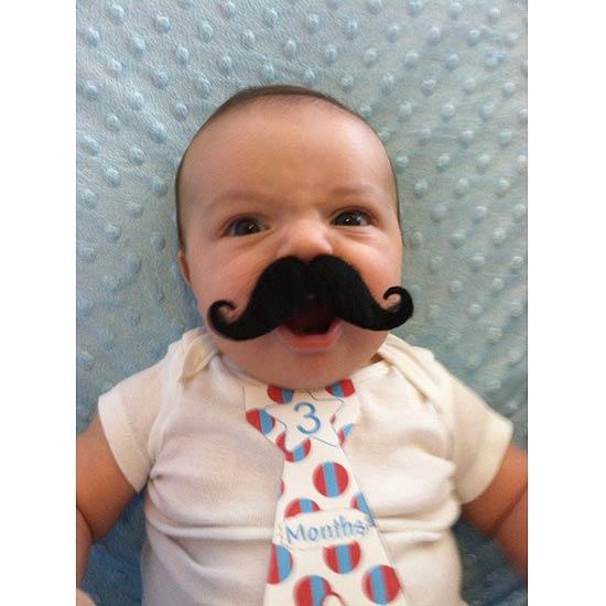 bebe moustache 4