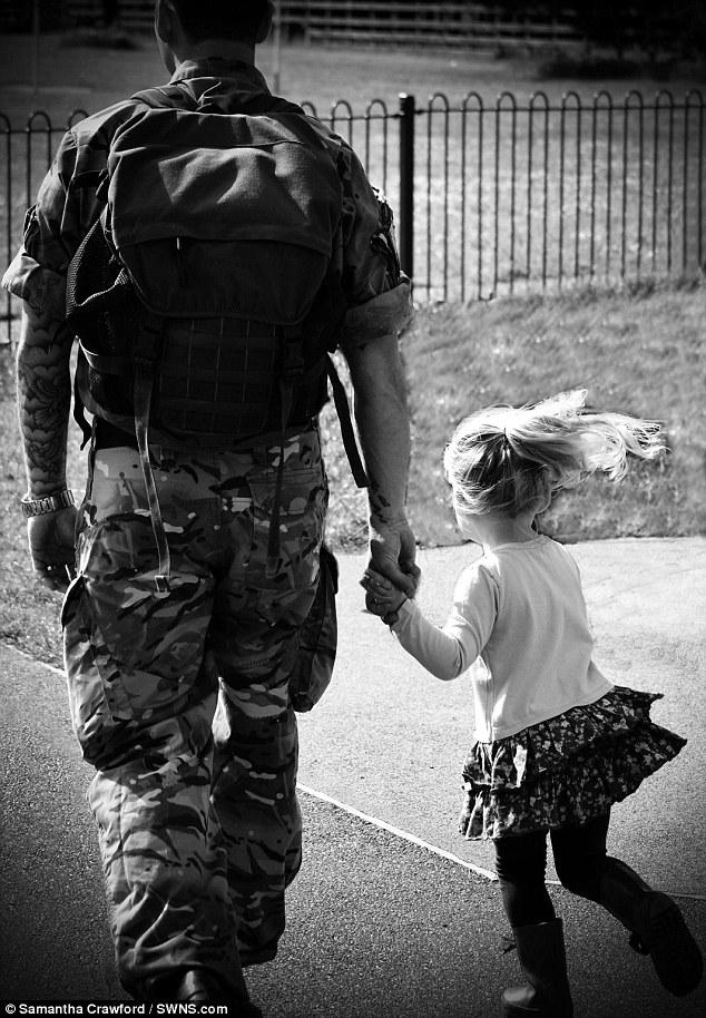 Calendrier-bebes-soldats-13