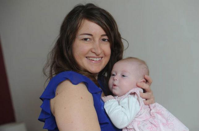 Maman deux uterus et bebe 1