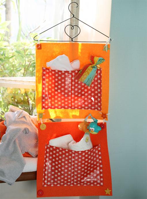 Diy porte objets pratique et ludique pour b b - Pannello decorativo per porte ...