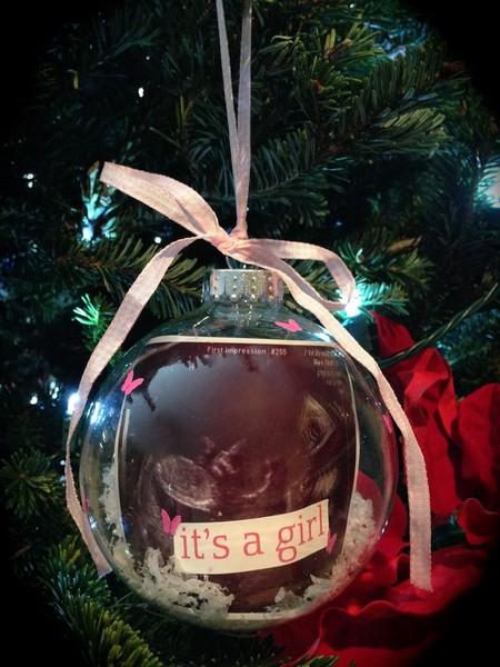 DIY des boules de Noel pour annoncer sa grossesse ou le sexe de bebe2