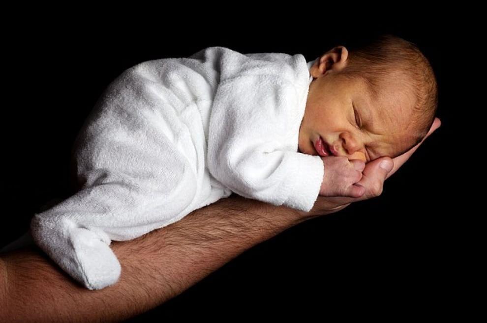 bébé qui dort  (2)