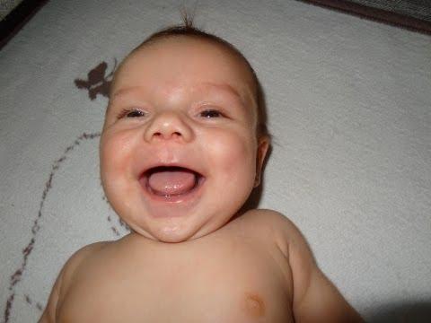 bebes qui rient (1)