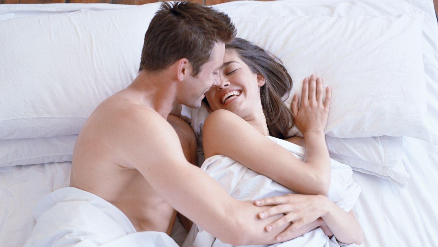 Vous abordez le sujet des positions originales que vous allez pouvoir expérimenter au lit très prochainement...
