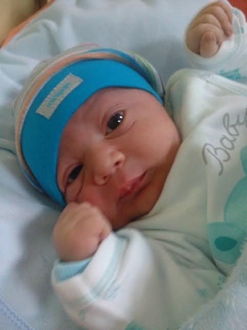 Ahcene, né le 7 avril 2015