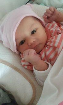 Mya, née  le 12 juin 2015