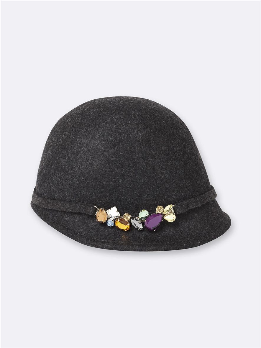 Bombe casquette avec bijoux, Cyrillus Paris, 49.90€