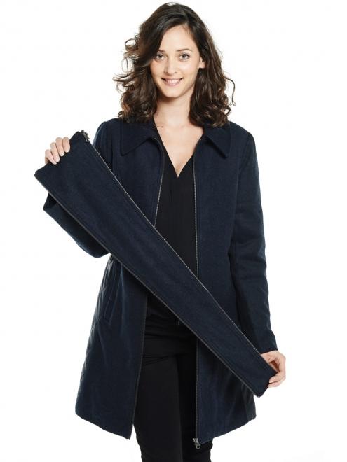 Ce manteau de grossesse est évolutif. Et oui, vous pouvez aussi le garder pour porter bébé grâce à des empiècements amovibles.Avec son col montant, ses manches longues et sa fermeture zippée il vous gardera au chaud toute la journée. En laine, ce manteau est féminin et super élégant. Manteau Sigga de Mamalicious. 119 euros 95.