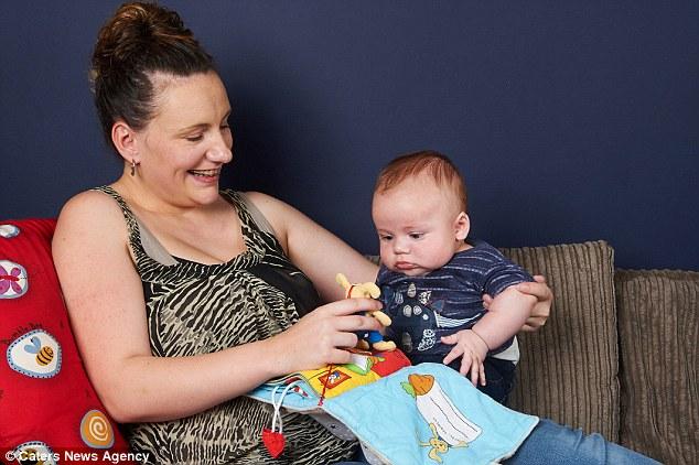 Apr s 13 ans de lutte cette femme courage est enfin maman d 39 un petit bout - Apres fausse couche naturelle ...