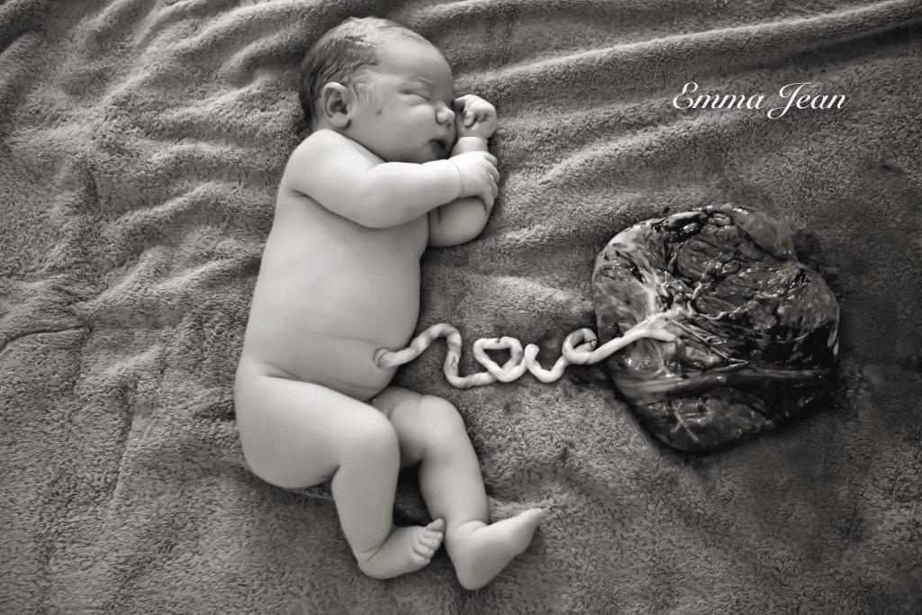 bebe-photo-placenta-emma-jean-photographe