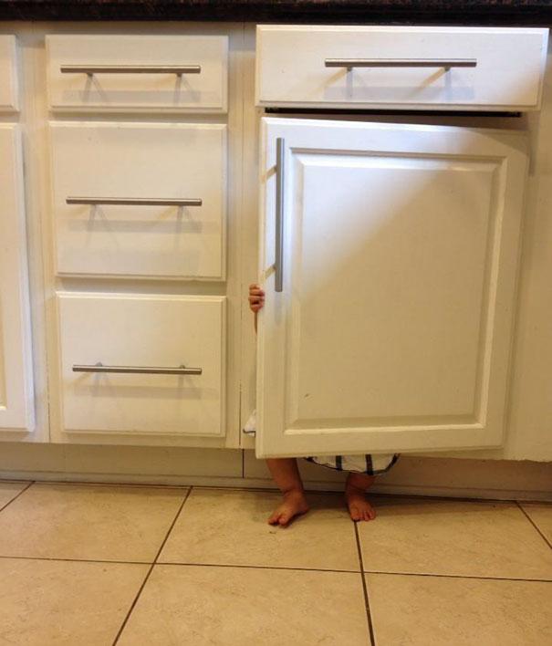 bebe cache placard cuisine