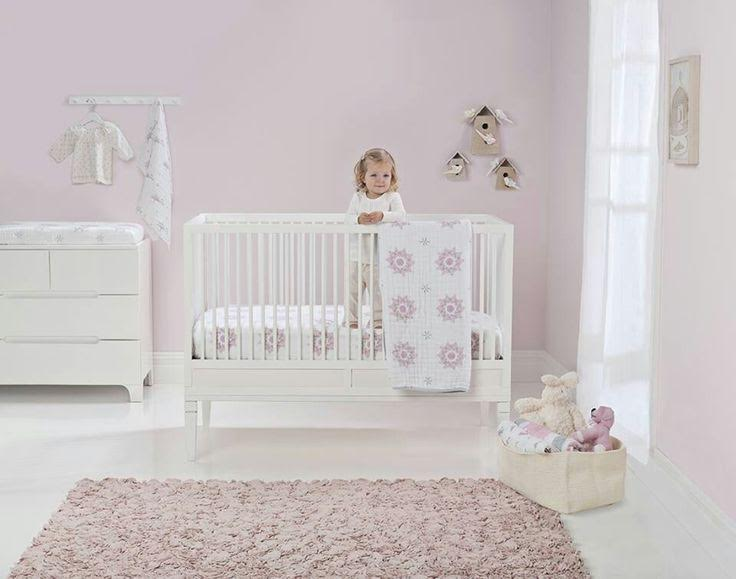 chambre fille bb rose pastel