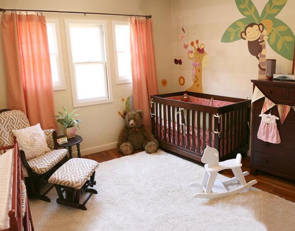 5 id es pour donner un coup de peps couleur corail la chambre de b b. Black Bedroom Furniture Sets. Home Design Ideas