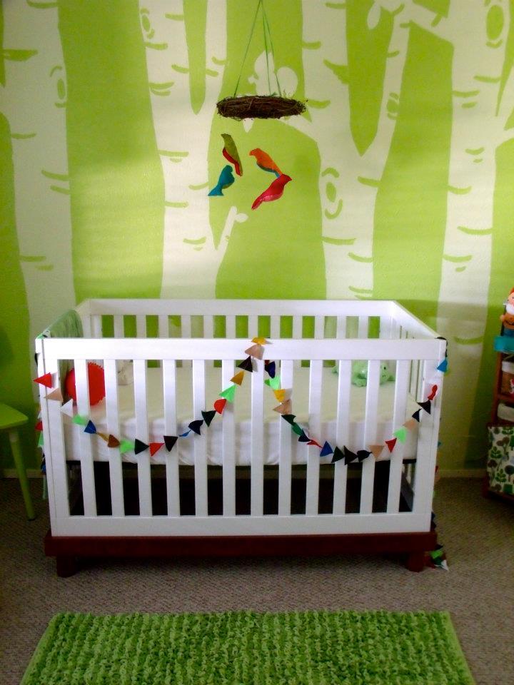 7 idées de chambres de bébé joliment teintées de vert - Neufmois.fr
