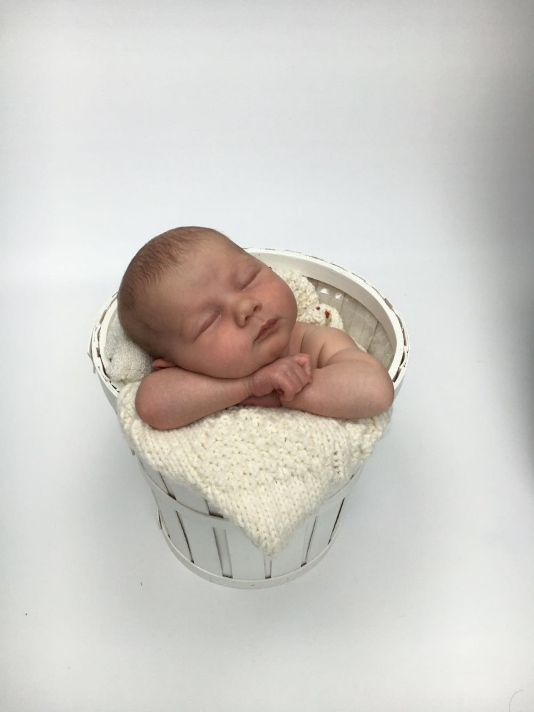 Lou, née le 16 avril