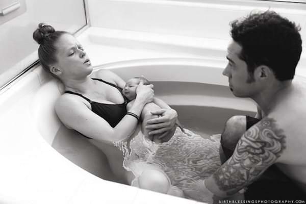 photo accouchement baignoire