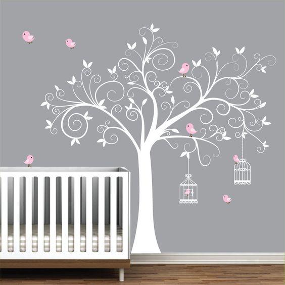 7 chambres pour b b qui vous feront aimer la tendance des stickers muraux. Black Bedroom Furniture Sets. Home Design Ideas