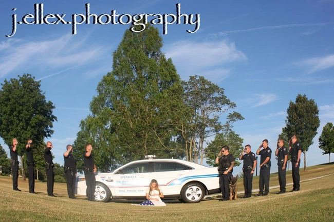 femme policiers voitures