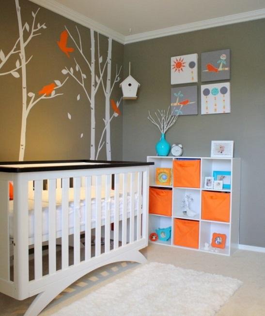 chambre bebe oiseaux orange et beige