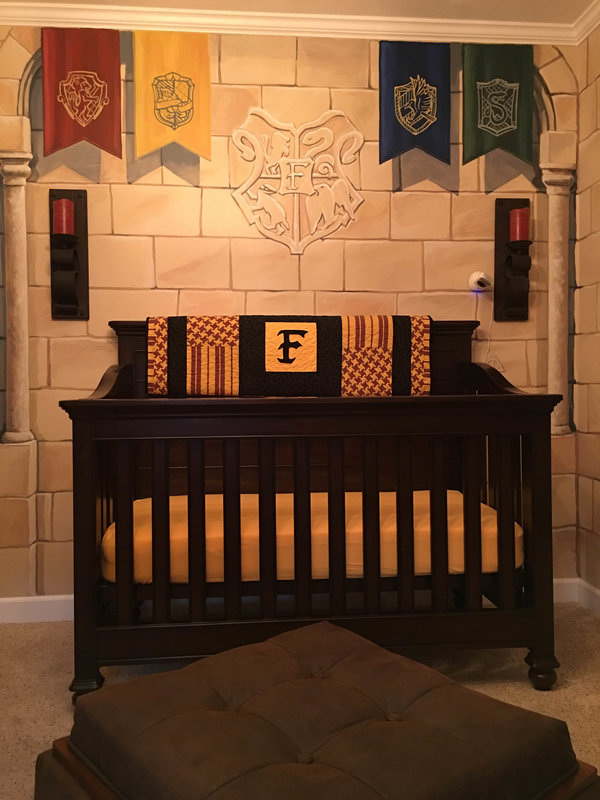 parents-creent-chambre-harry-potter-pour-bebe-3