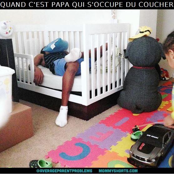 Vie de parents mais comment une si petite chose peut - Lit bebe qui s accroche au lit des parents ...