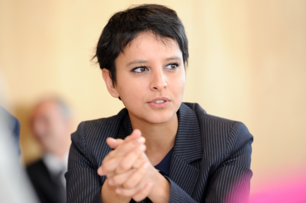 vos questions la ministre des droits des femmes najat vallaud belkacem. Black Bedroom Furniture Sets. Home Design Ideas