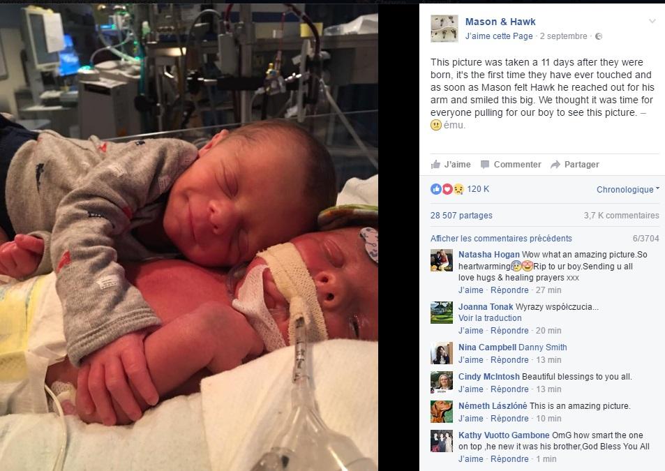jumeaux-Hawk-et-Mason-bebe-sourire-post-facebook-adorable