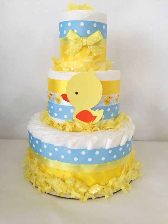 baby shower-canards-neuf mois-cake