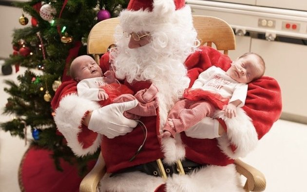 pere-noel-rend-visite-hopital-bebes-nes-prematures