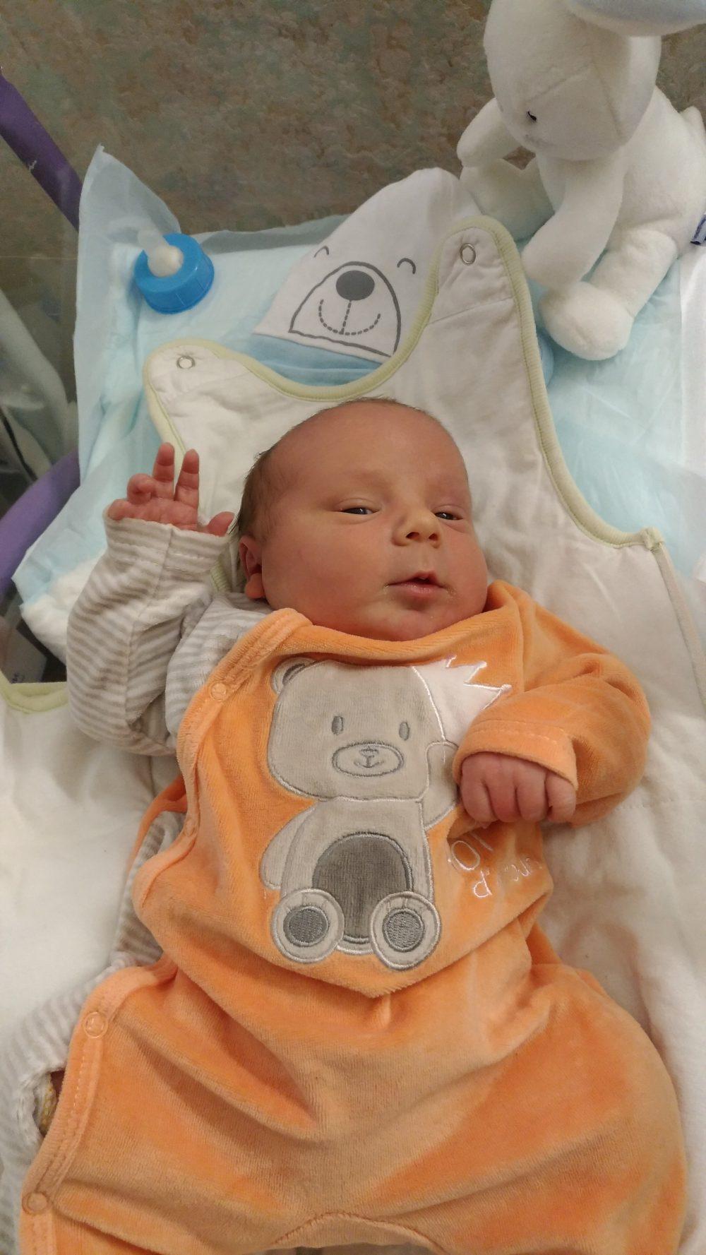Gabriel, né le 14 Décembre