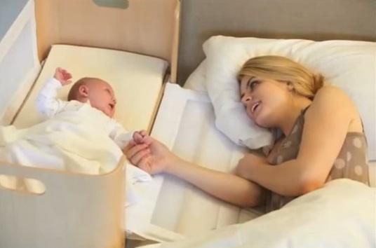 pourquoi cette maman pense t elle que le berceau est responsable du d c s de sa petite puce. Black Bedroom Furniture Sets. Home Design Ideas