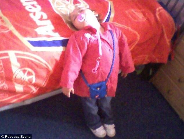 bebes-enfants-photos-endormis-nimporte-ou-3