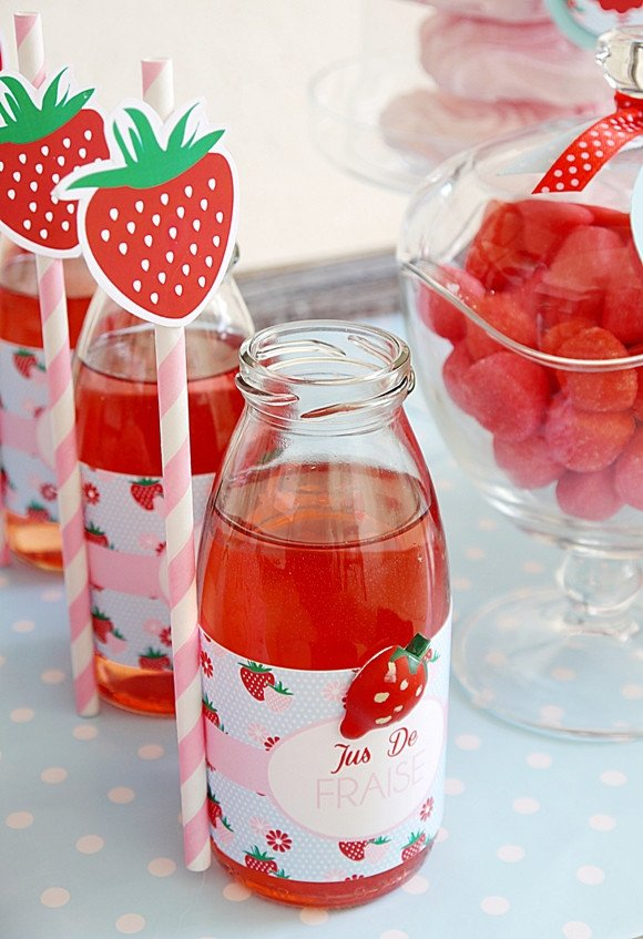 baby shower-neuf mois-fraise-jus