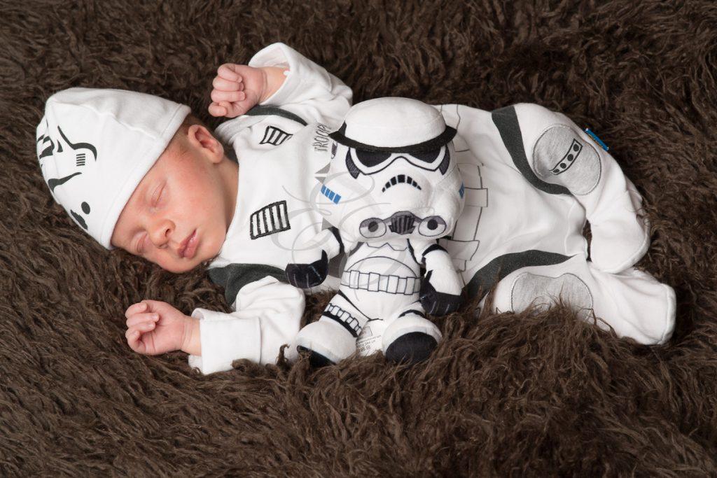 Bébé déguisé en Stormtroopers