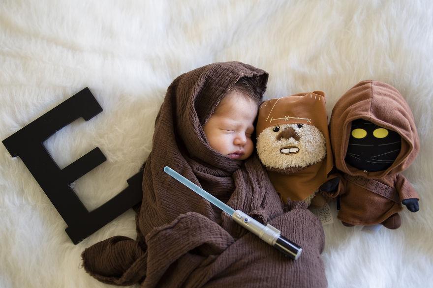 Bébé en jedi