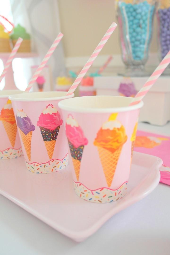 ice cream-gobelet-neuf-mois