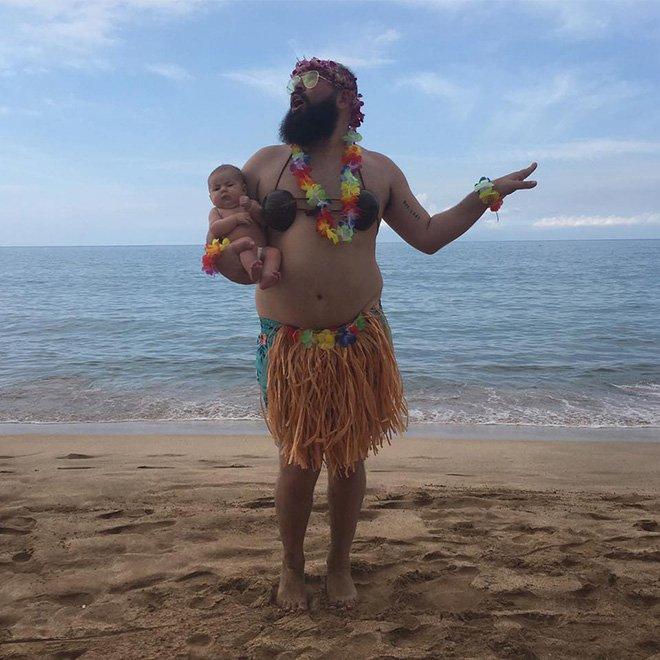 Sholom et zoé danse hawaienne