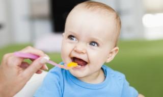 3 étapes clés pour réussir l'alimentation de son bébé
