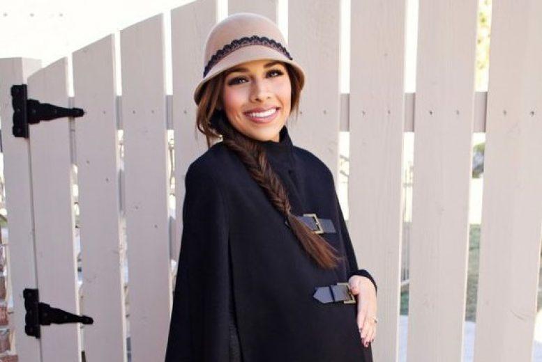 5 manteaux de grossesse piquer ces blogueuses qui affrontent l 39 hiver avec style. Black Bedroom Furniture Sets. Home Design Ideas