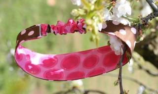 DIY : un bandeau fun et coloré dans vos jolis cheveux