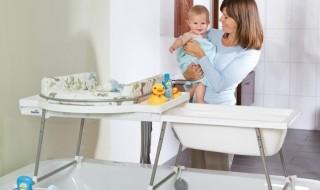 Bons plans : siège haut Inglesina, plan à langer Geuther, robot cuiseur Philips Avent…