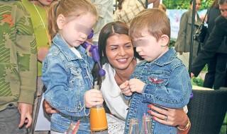 Elle adopte un enfant et le ramène le lendemain à l'orphelinat