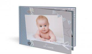Célébrer la naissance de bébé avec un livre photos, quelle belle idée !