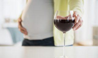 Alcoolisation fœtale : un test sanguin pour prédire les troubles du comportement de bébé bientôt possible ?