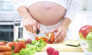 Enceinte : 16 aliments qu'il vous faut pour faire un beau bébé