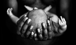 Entre papa et bébé, que d'amour !