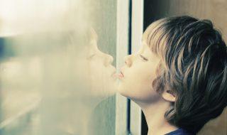 La science sur la voie d'un traitement pour alléger les troubles autistiques ?